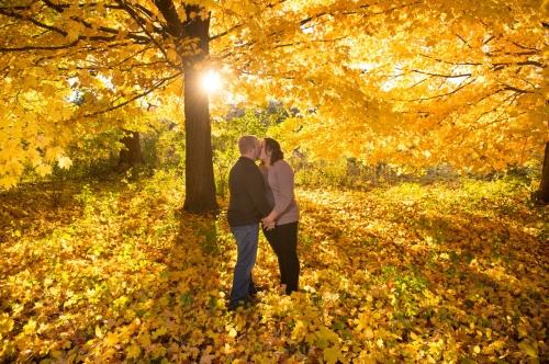 Dennis Felber Photography-Kletzsch Park Engagement-11