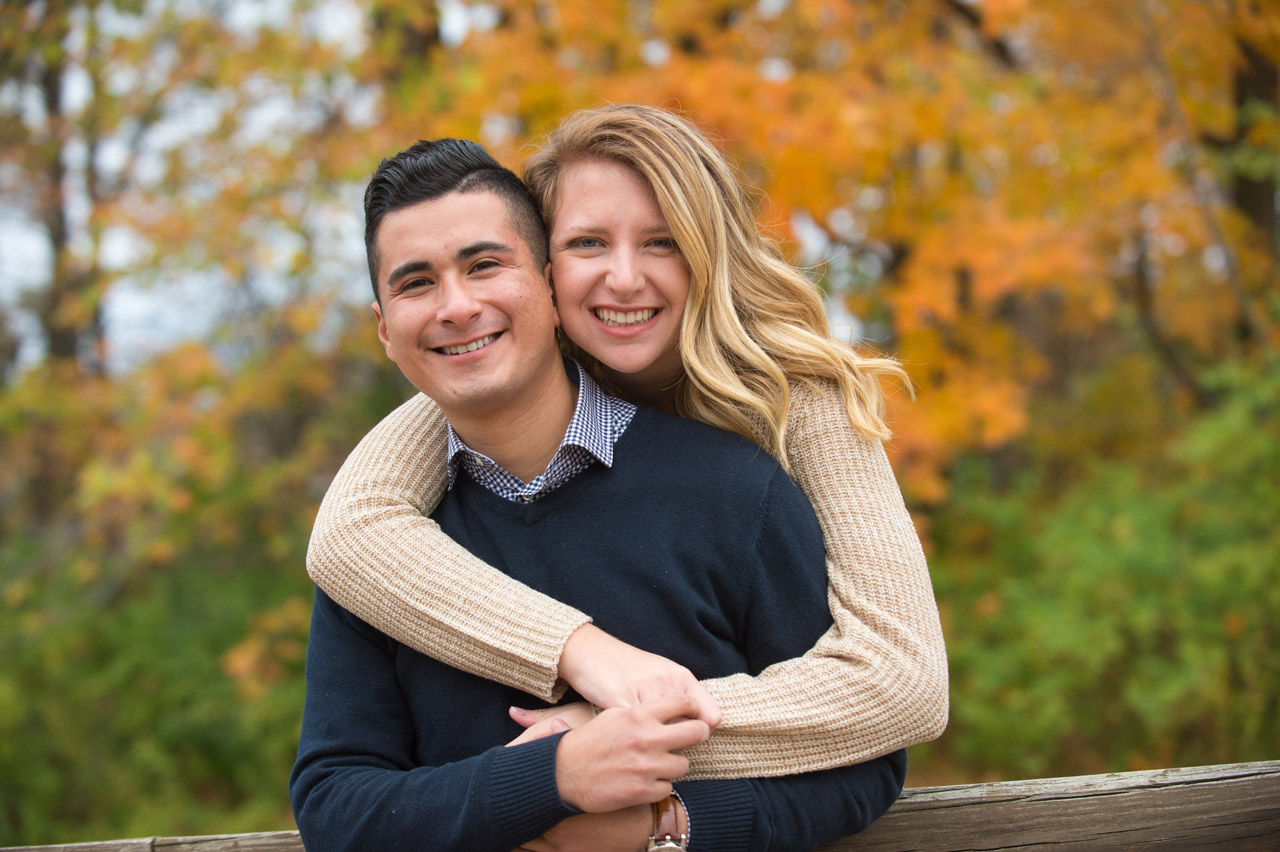 dennis-felber-photography-milwaukee-river-parkway-engagement-04