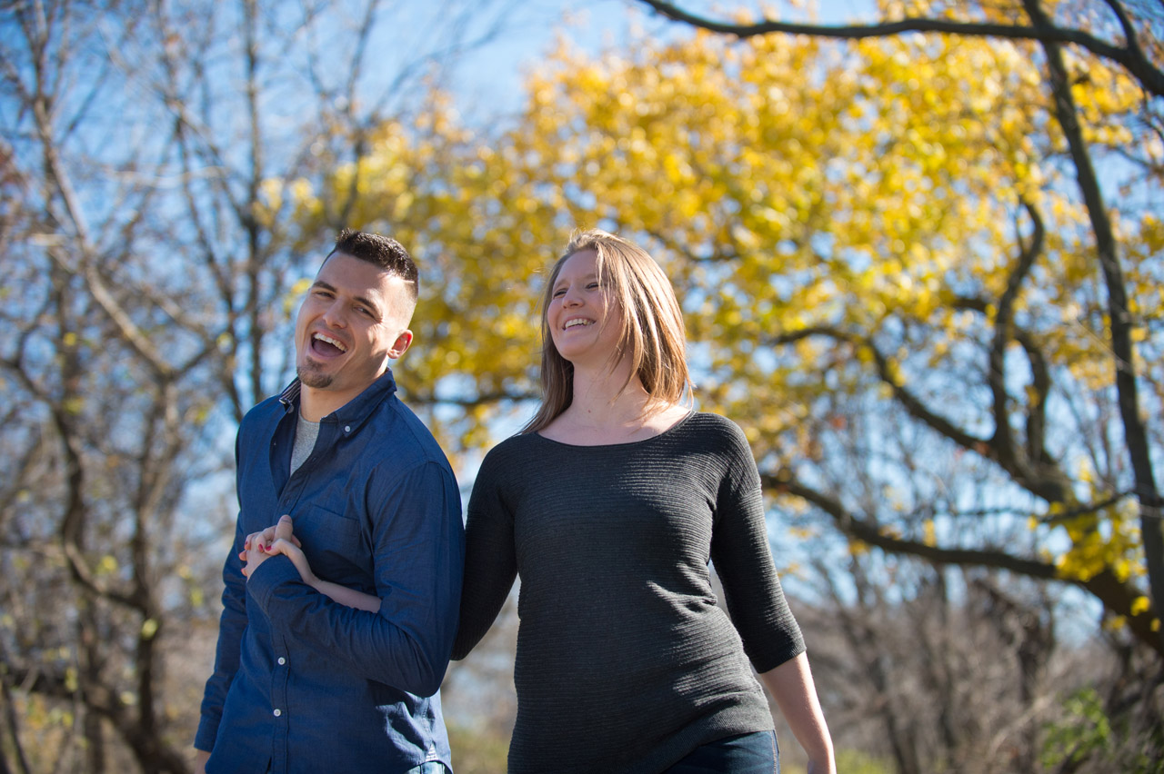 dennis-felber-photography-milwaukee-river-parkway-engagement-05