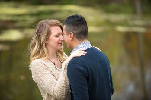 dennis-felber-photography-milwaukee-river-parkway-engagement-09