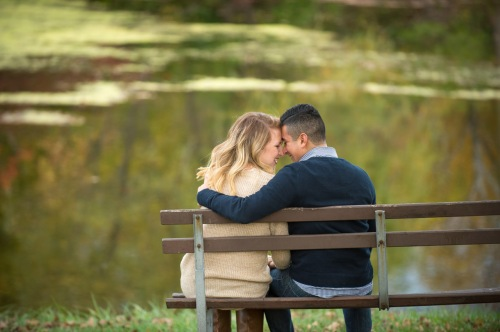 dennis-felber-photography-milwaukee-river-parkway-engagement-11