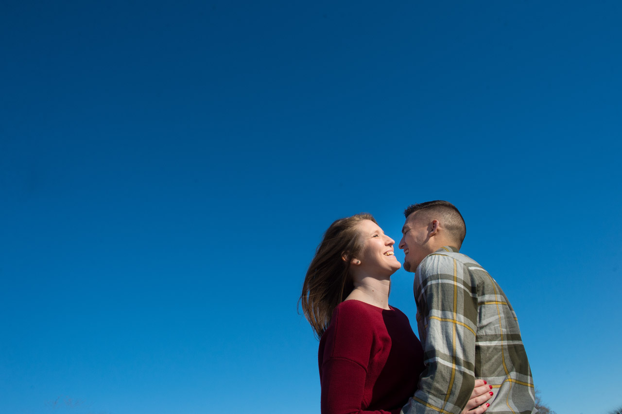 dennis-felber-photography-milwaukee-river-parkway-engagement-12