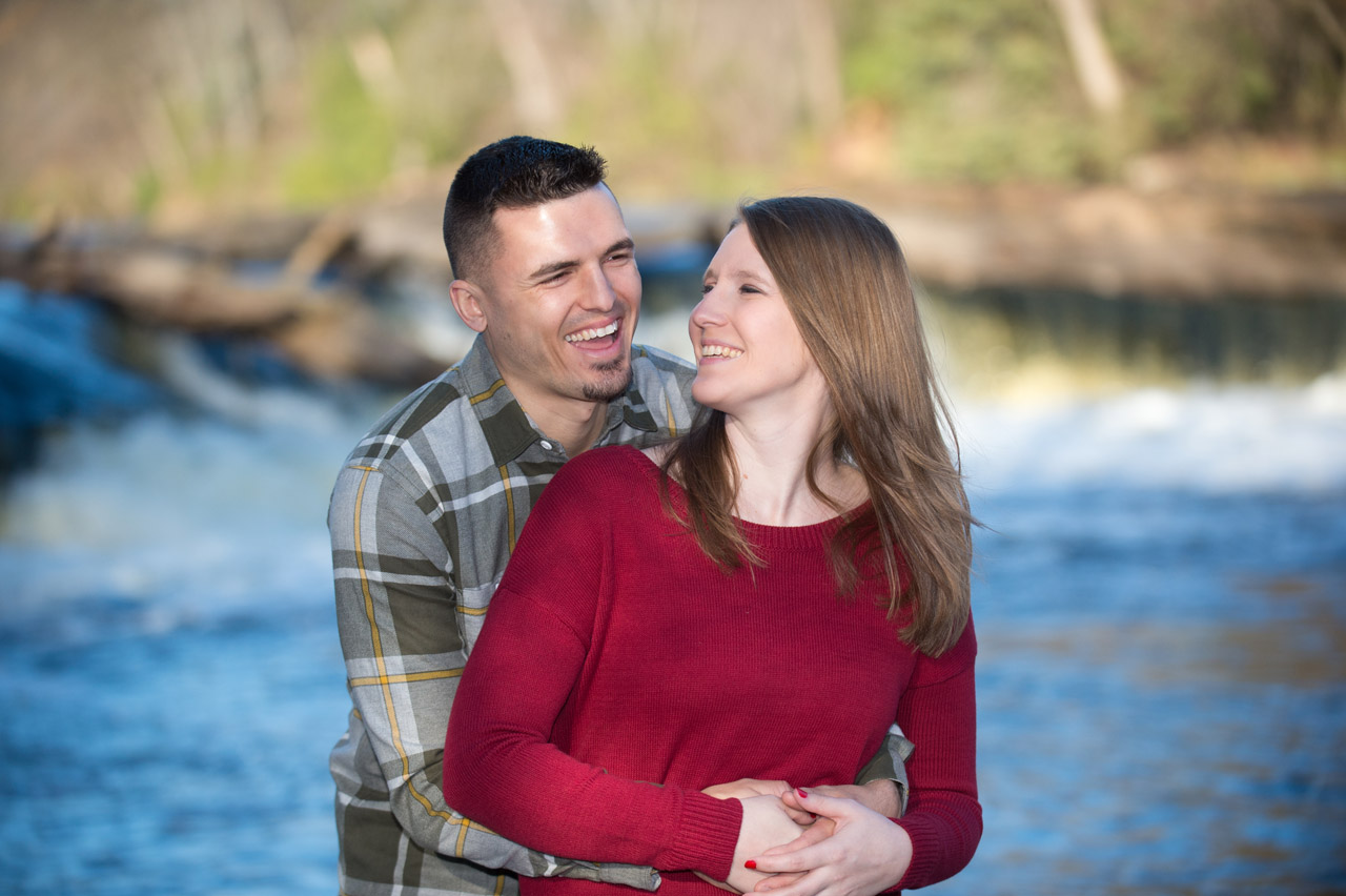 dennis-felber-photography-milwaukee-river-parkway-engagement-13