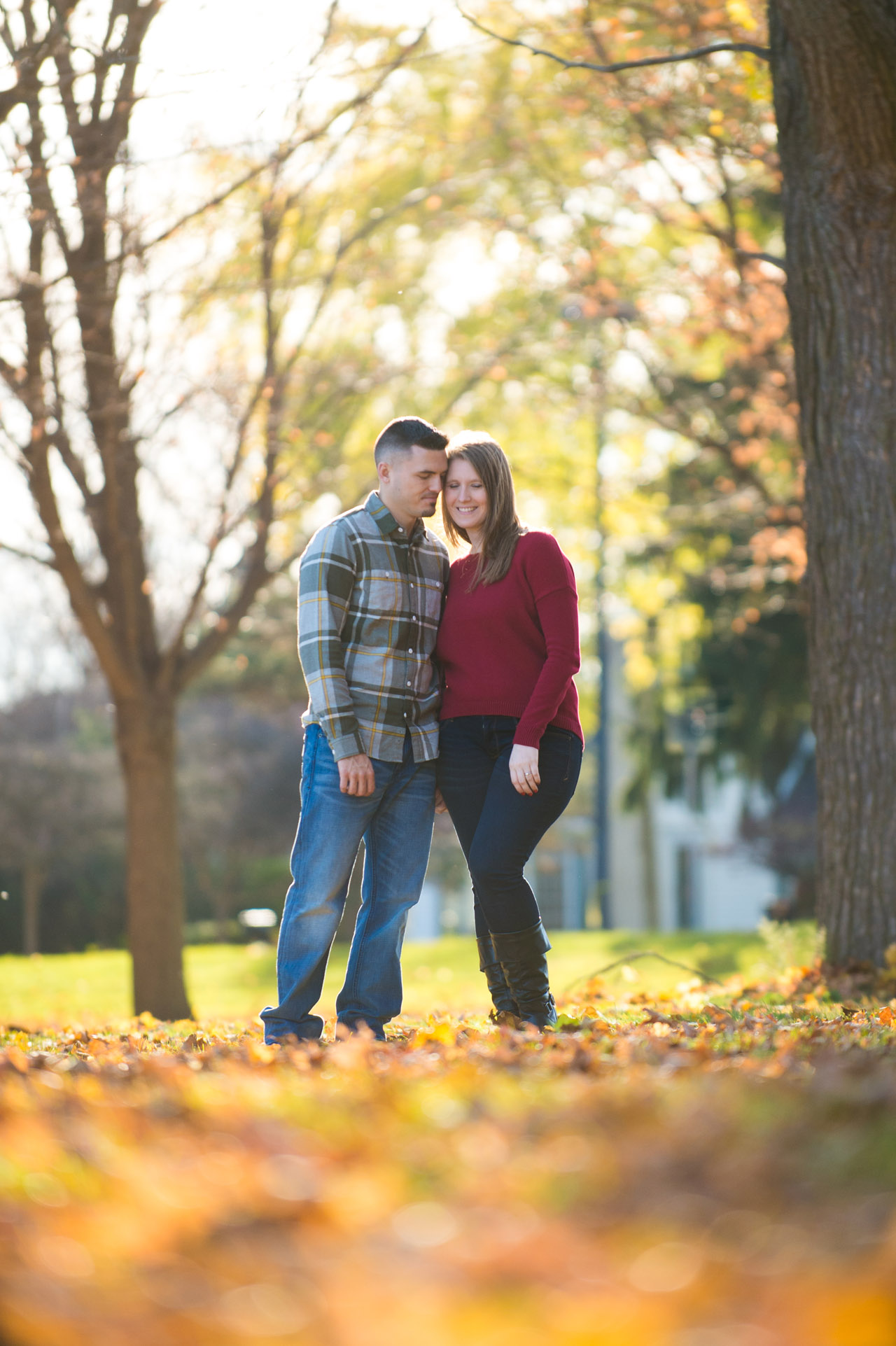 dennis-felber-photography-milwaukee-river-parkway-engagement-16