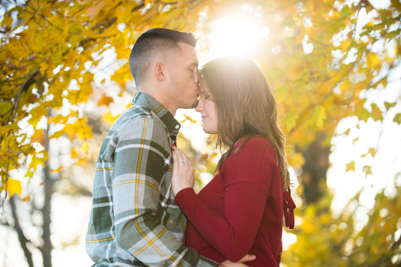 dennis-felber-photography-milwaukee-river-parkway-engagement-21