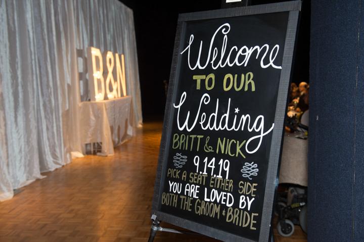 Dennis Felber Photography-Milwaukee Public Museum Wedding-23