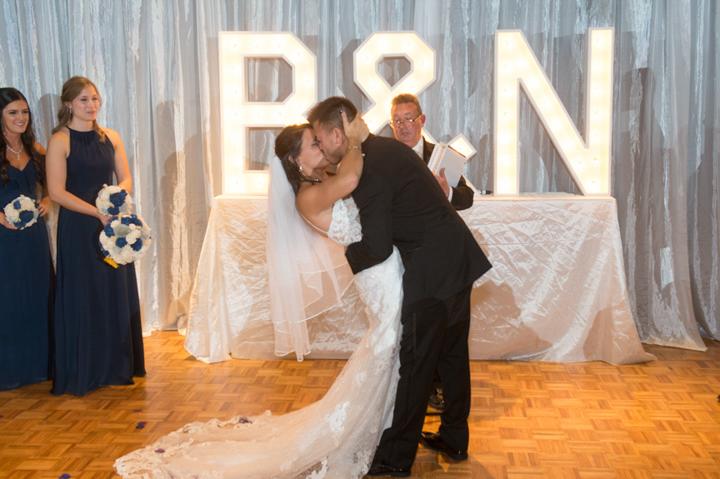 Dennis Felber Photography-Milwaukee Public Museum Wedding-30